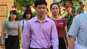 Bác sĩ Lương: 'Trách nhiệm của tôi là chữa bệnh, không liên quan máy móc'