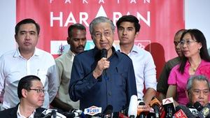 Thủ tướng 92 tuổi của Malaysia sẽ sớm lui về hậu trường