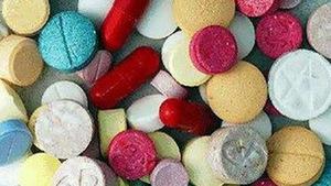 Bắt nghi phạm mang 7.400 viên ma túy trốn trong quán cơm