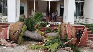 Tạm giữ hơn 100 người quá khích gây rối tại Bình Thuận