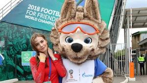 World Cup 2018 bắt đầu nóng với những cô gái Nga xinh đẹp