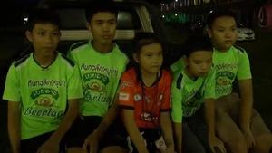 Đội bóng Thái Lan: Mong chờ đồng đội sớm ra sân trở lại