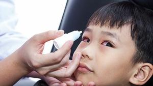 Điều trị các bệnh về mắt ở trẻ