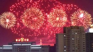 Dân Triều Tiên không ăn tết Dương lịch mà ăn mừng năm Juche 107