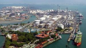 Singapore cất vó bắt đường dây trộm dầu thô hàng triệu đô