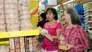 Hệ thống siêu thị Co.opmart bắt đầu giảm giá hàng hóa Tết