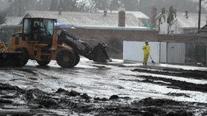 Bang California hứng trận lũ bùn quét khủng khiếp, 13 người thiệt mạng