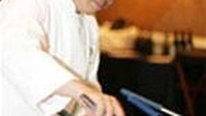 Đầu bếp Charles Phan: Đại sứ ẩm thực Việt trên đất Mỹ