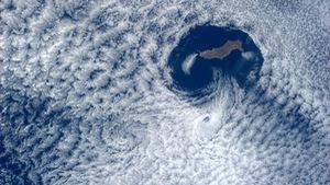 Ảnh mây đẹp lạ thườngnhìn từ Trạm không gian quốc tế
