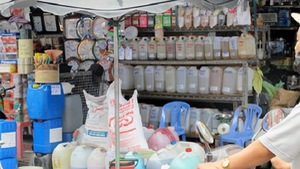 Chính quyền quận 5, TP.HCM quyết di dời chợ hóa chất Kim Biên
