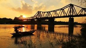 Giải pháp nào gắn bảo tồn với phát triển cầu Long Biên