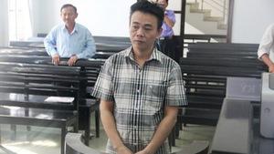 """""""Nhà báo tự xưng"""" tống tiền CSGT lãnh3 năm tù"""