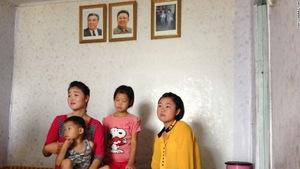 Cô gái Triều Tiên làm mẹ 7 trẻ mồ côi