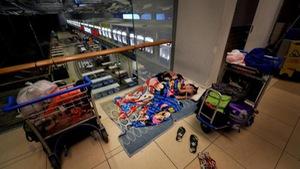 Cho thuê nhà, ở nhờ sân bay Changi… 8 năm