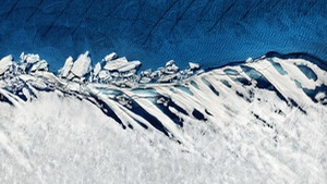Xem ảnh rất hiếm về băng tan thành sông ở Bắc Cực