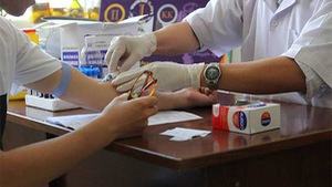 TP.HCM: Bảo đảm 30.000 người nhiễm HIV/AIDS đều có BHYT