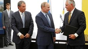 Tập đoàn Exxon Mobil xin được làm ăn lại với Nga