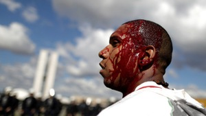 Lửa và máu ở Brazil
