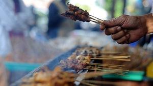 Đến Bali coi chừng bị lừa ăn thịt chó thay cho thịt gà