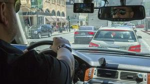 Khi các xe hơi'nói chuyện' với nhau, giúp cảnh báo ổ gà