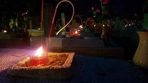 Câu chuyện hòa bình: Nến đã thắp đêm linh thiêng Trường Sơn