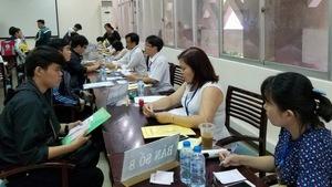 ĐH KHTN TP.HCM tặng học bổng cho 16 thủ khoa, á khoa