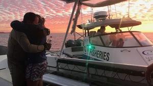 HLV lặn sống sót sau khi chạm trán cá mập hổ