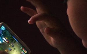 Trung Quốc giới hạn giờ chơi game với trẻ
