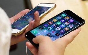 Người dùng iPhone kiện Apple vì làm chậm thiết bị của họ