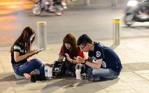 Cô đơn, sinh viên dùng smartphone nhiều hơn