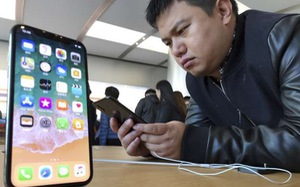 Smartphone đã chạm ngưỡng, Samsung và Apple sẽ làm gì tiếp đây?