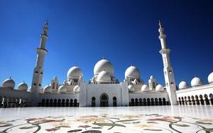 Sheikh Zayed - Thánh đường trắng tuyệt đẹp ở Abu Dhabi