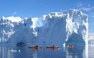 Thám hiểm Nam cực bằng thuyền kayak