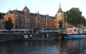 Amsterdam - mùa không hoa tulip