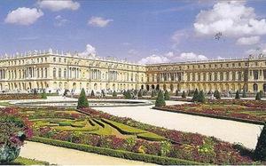 Một chuyến tham quan hoàn hảo ở lâu đài Versailles