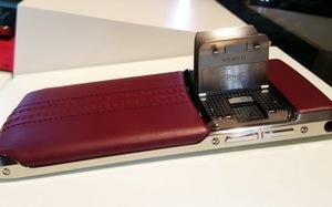 Smartphone cánh chimhạng sangVertu Signature Touch tại VN