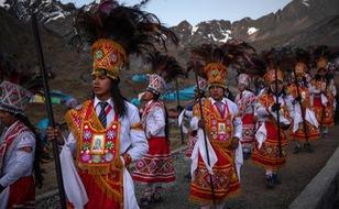 Rực rỡ sắc màu tại lễ hội tuyết và sao ở Peru