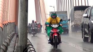 Phút cảnh báo: Qua cầu Rạch Miễu mùa mưa cần cảnh giác với giông lốc