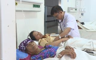 3 mẹ con bị ngộ độc phải nhập viện sau khi ăn thịt cóc