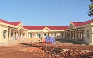 Tin nóng 24h: Xã huy động học sinh đóng tiền để trả nợ công trình nông thôn mới