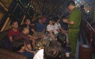 Đột kích quán bar phát hiện 35 người dương tính ma túy