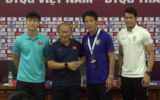 Các cầu thủ tuyển Việt Nam tràn đầy quyết tâm trước trận đấu với Thái Lan