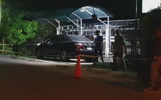 Một người trình báo bị trộm đập kính ô tô lấy đi tiền tỉ