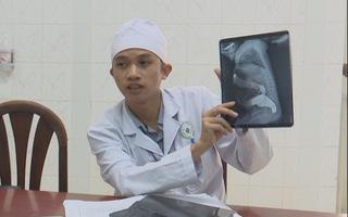 Nội soi cắt bỏ 20cm ruột cứu sống bé trai bị dị tật bẩm sinh