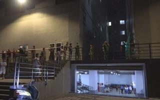 Nam thanh niên rơi từ tầng 21 chung cư và tử vong
