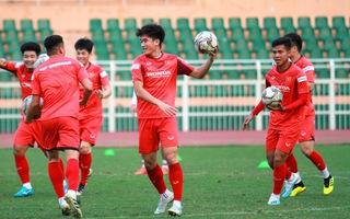 Video: U23 Việt Nam tập trên sân Thống Nhất chuẩn bị cho VCK U23 châu Á