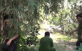 Video: Cảnh sát nổ súng giải tán trường gà, 3 người bị thương