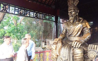 Đầm Sen ra mắt quảng trường Vua Hùng dịp Giỗ tổ Hùng Vương