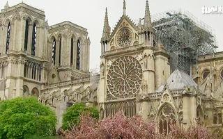 Tổng thống Pháp tuyên bố xây lại Nhà thờ Đức Bà Paris đẹp hơn trong 5 năm