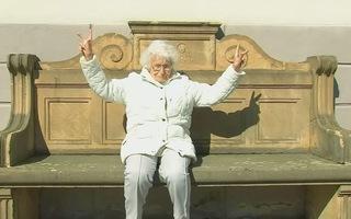 Cụ bà 100 tuổi tranh cử vào hội đồng thành phố ở Đức